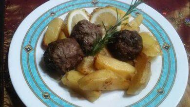 Photo of Κεφτεδάκια με πατάτες στο φούρνο, μαμαδίστικη συνταγή