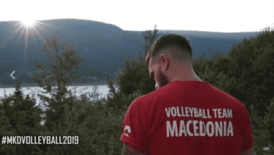 Photo of Νέα πρόκληση από τους… γείτονες της Βόρειας Μακεδονίας,η Εθνική βόλεϊ ανδρών εμφανίζεται με μπλουζάκια που γράφουν σκέτο… Μακεδονία