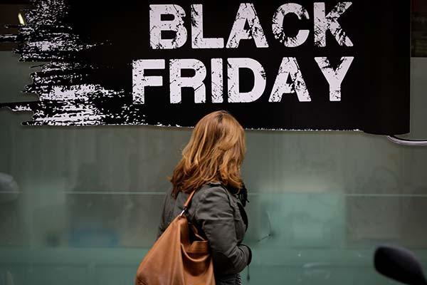 Photo of Εκπτώσεις 2019: Ερχονται Black Friday και Cyber Monday – Ποιες Κυριακές θα είναι ανοιχτά τα καταστήματα