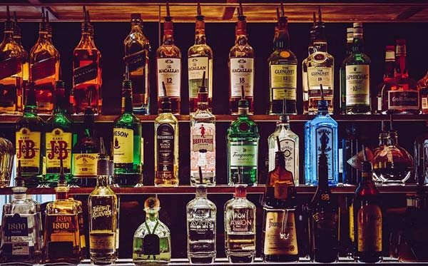 Photo of Μετά τον αντικαπνιστικό νόμο έρχεται ποταπαγόρευση: Μπαίνει φρένο στο αλκοόλ