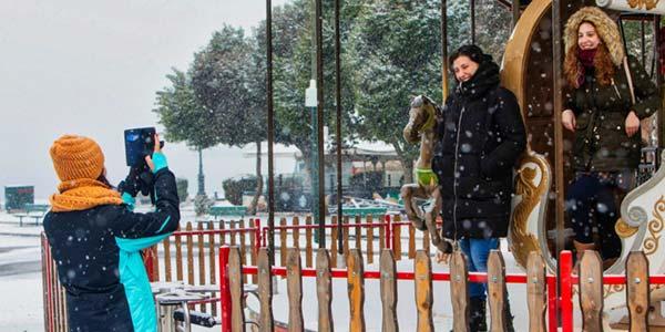Photo of Καιρός: Χιόνια στο… καμπαναριό από σήμερα – Ποιες περιοχές θα ντυθούν στα λευκά