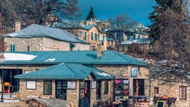 Photo of Νυμφαίο – Κομψό, αριστοκρατικό, παραμυθένιο – Το χωριό στα 1.350 μ. υψόμετρο που αναγεννήθηκε πλήρως και έγινε από τα ωραιότερα της Ελλάδα