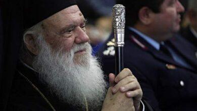 Photo of Ο Ιερώνυμος έστειλε επιστολή στην Κεραμέως: Ζητά να ανοίξουν οι εκκλησίες