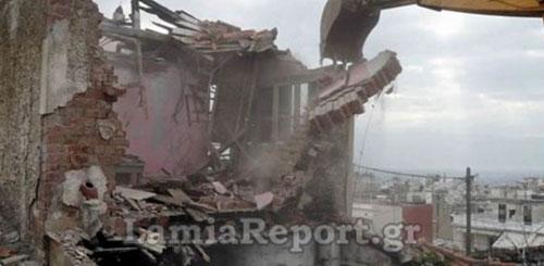 Photo of Λαμία: Γκρεμίζονται στέκια τοξικομανών στο κέντρο της πόλης