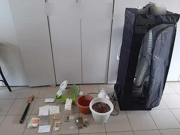 Photo of Σύλληψη πέντε ατόμων στη Φλώρινα για ναρκωτικά και όπλα.