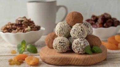 Photo of Αυτά τα τρουφάκια με ταχίνι και σοκολάτα είναι νηστίσιμα, πεντανόστιμα και γίνονται μόνο με τέσσερα υλικά