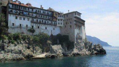Photo of Κορονοϊός: Σε καραντίνα μια ολόκληρη Μονή στο Άγιος Όρος! Θετικοί τρεις ακόμα μοναχοί