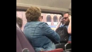 Photo of Κορωνοϊός: «Έβηξες πάνω μου;» – Επιβάτες τρένου καυγαδίζουν και γίνονται viral