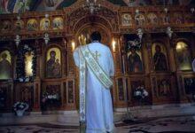 "Photo of Πτολεμαΐδα: Σταμάτησε τη θεία λειτουργία επειδή η πιστή φορούσε μάσκα – ""Δεν θέλω καρναβάλια…"""