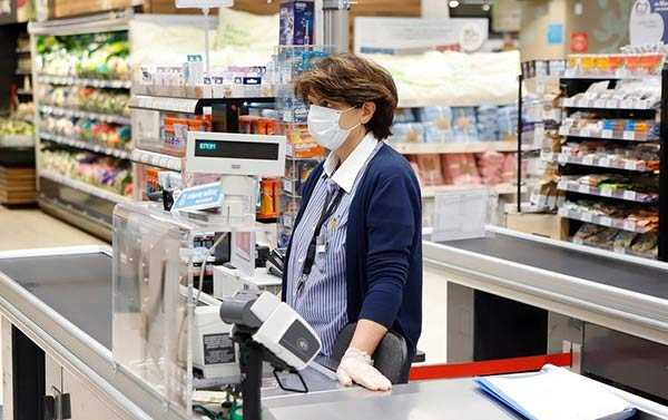 Photo of Μειώνεται ο ΦΠΑ από σήμερα Δευτέρα – Όλα τα προϊόντα, υπηρεσίες στις νέες τιμές
