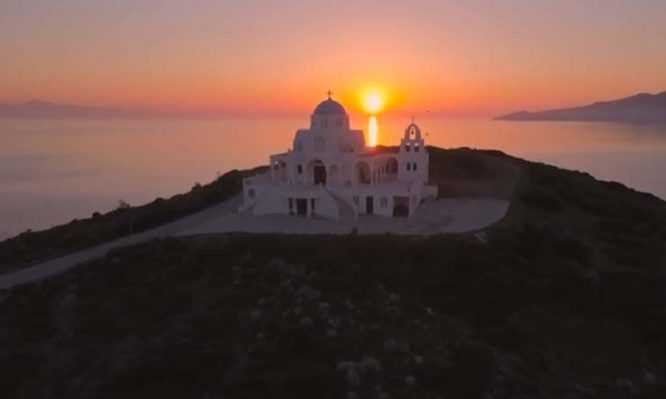 Photo of Γιατί οι εκκλησίες του Προφήτη Ηλία βρίσκονται πάντα στο ψηλότερο σημείο;